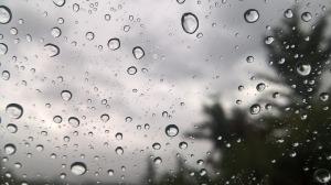 rain-drops-on-window-1827098_1280